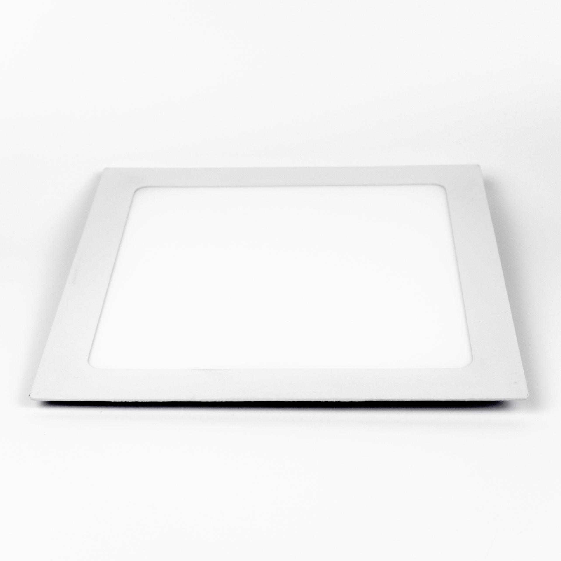 LED Panel Süllyeszthető 18W Négyzet Meleg Fehér LPA-V18N