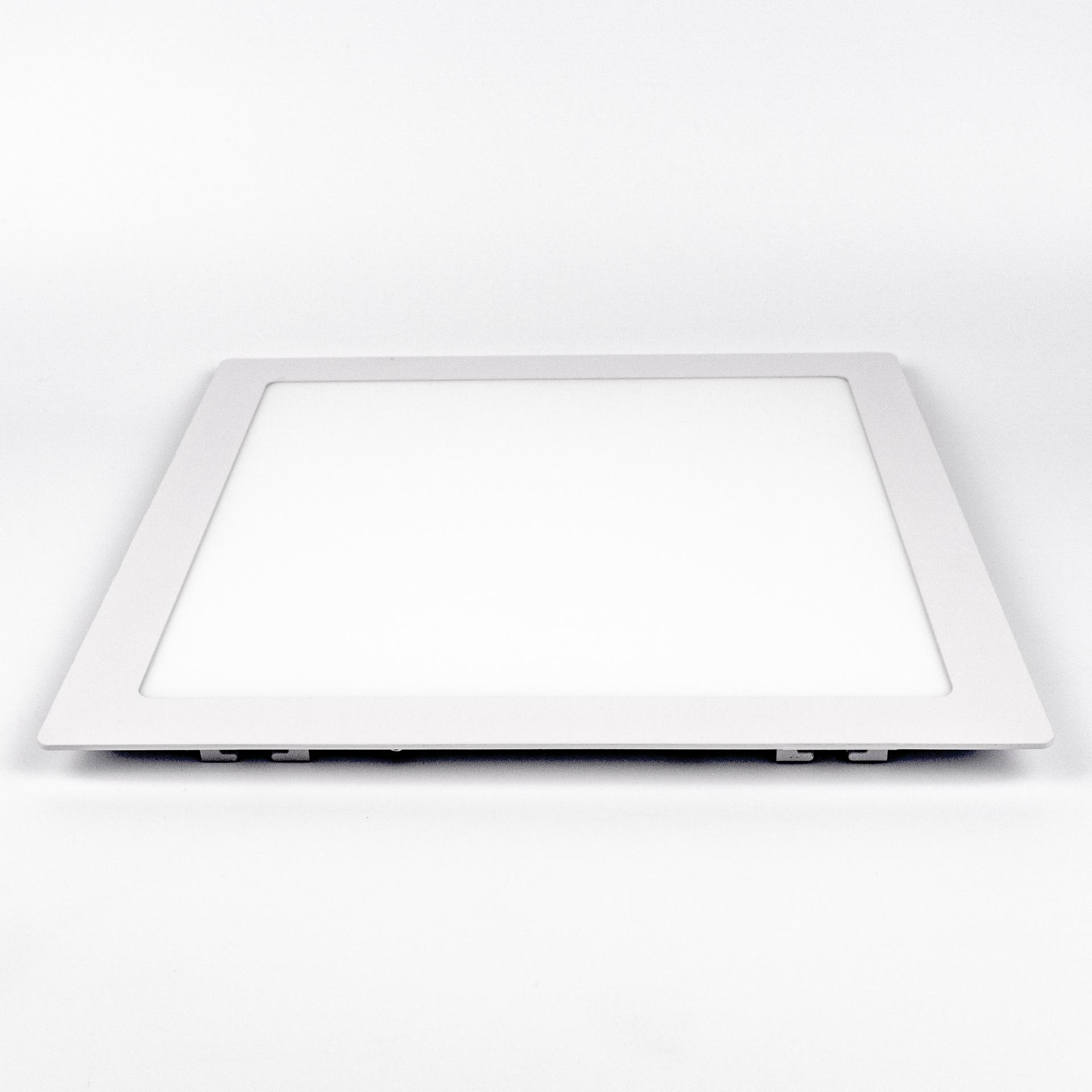 LED Panel Süllyeszthető 24W Négyzet Meleg Fehér LPA-V24N