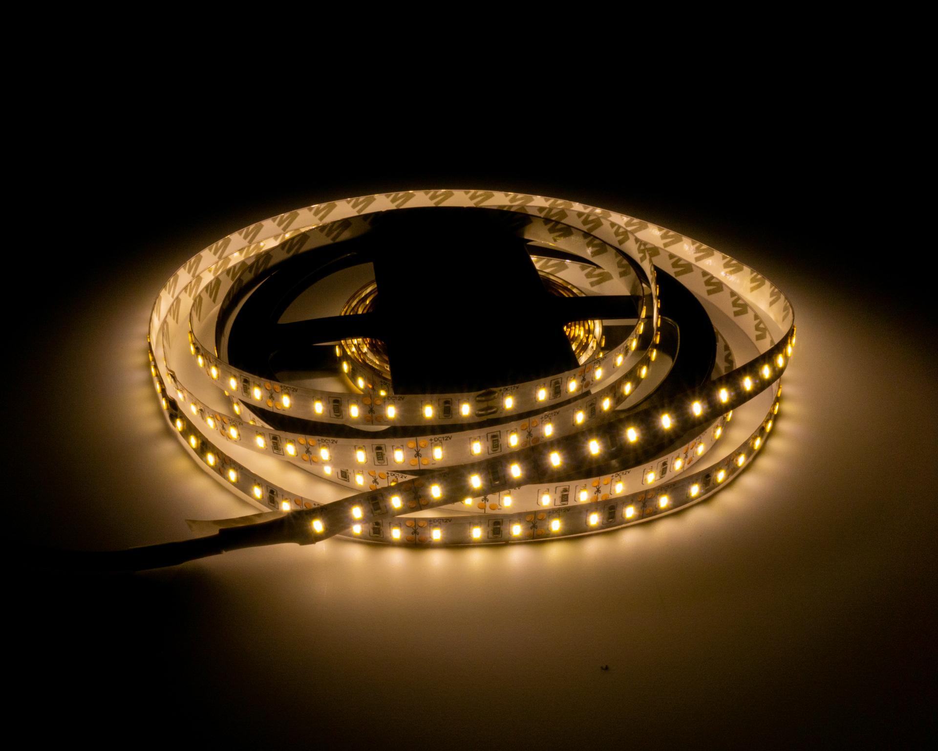 LED Szalag Beltéri 3014 120 LED/M 12V Meleg Fehér LS-53014120WW